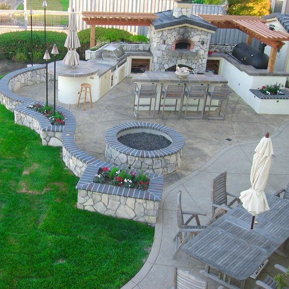 Outdoor Kitchen Dimensions Presented To Your Place Of: Amazing 50+ DIY Pergola And Fire Pit Ideas